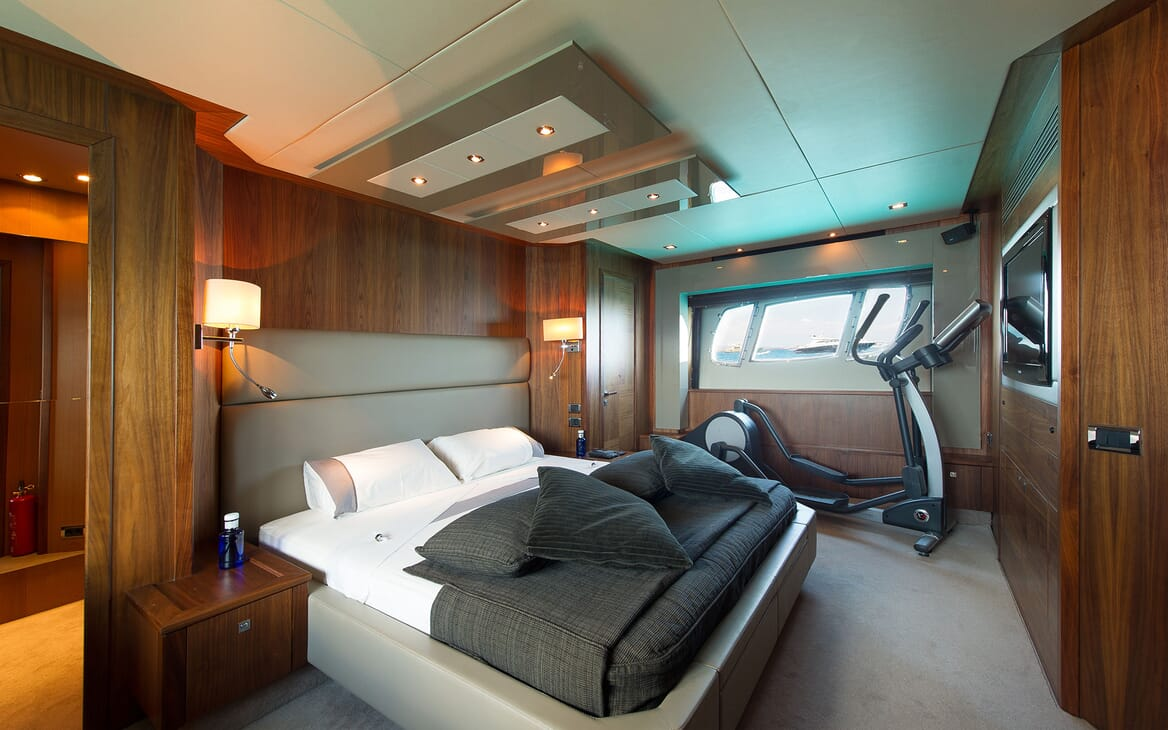 Motor Yacht ALVIUM Master Stateroom