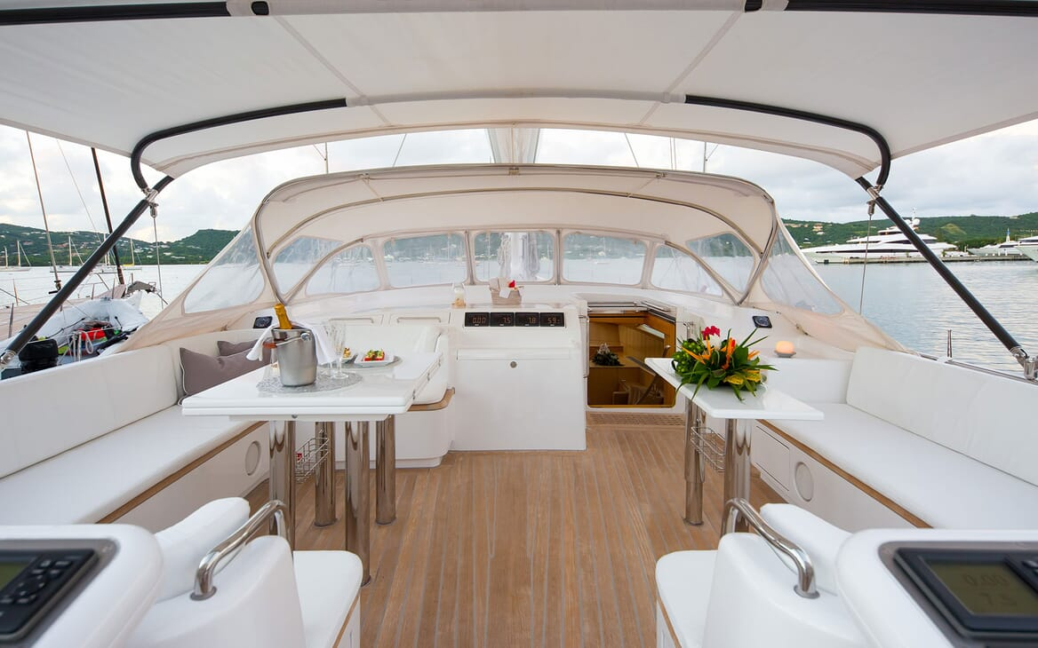 Sailing Yacht SPIIP Sun Deck Table and Seating