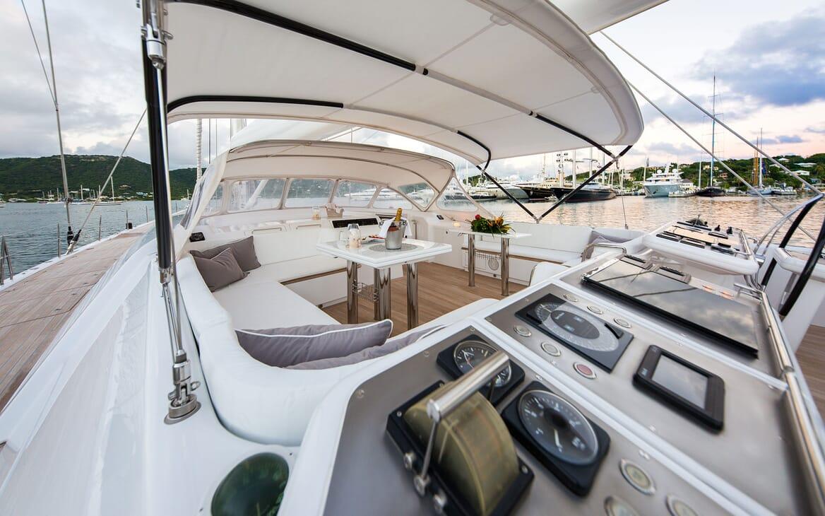 Sailing Yacht SPIIP Sun Deck Wheelhouse
