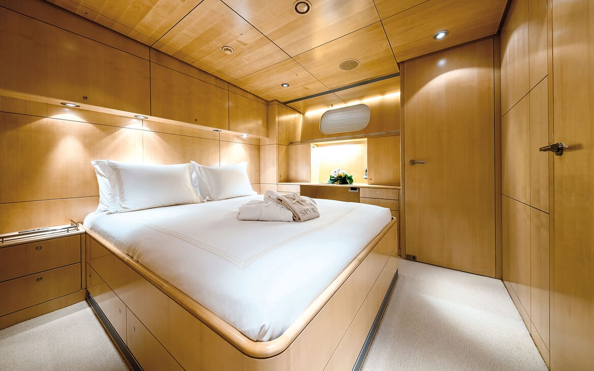 Sailing Yacht SPIIP VIP Double Stateroom