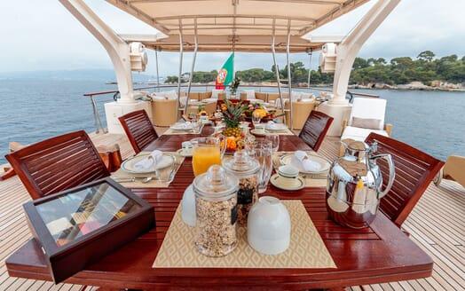 Motor Yacht ARIONAS Sun Deck Breakfast