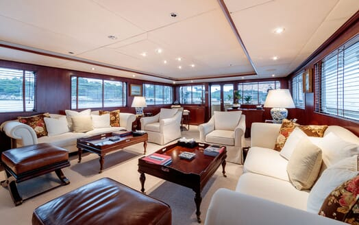 Motor Yacht ARIONAS Main Deck Salon