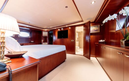 Motor Yacht ARIONAS VIP Stateroom TV