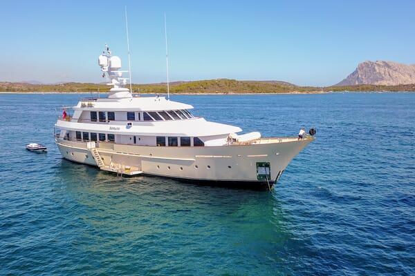 Motor Yacht Soprano at anchor