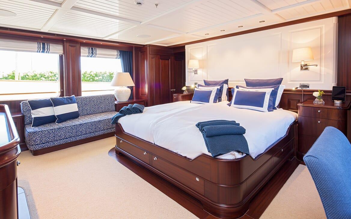 Motor Yacht Soprano cabin