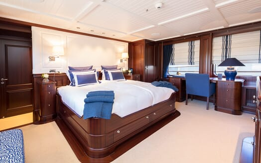 Motor Yacht Soprano double stateroom