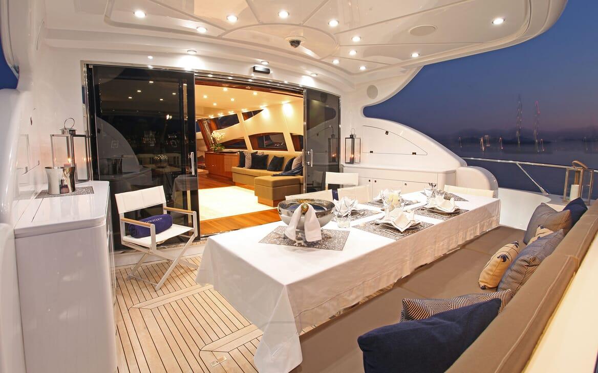 Motor Yacht PHOENICIAN Aft Deck