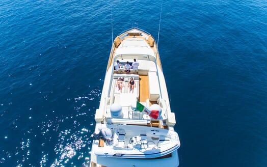 Motor Yacht Riviera aerial