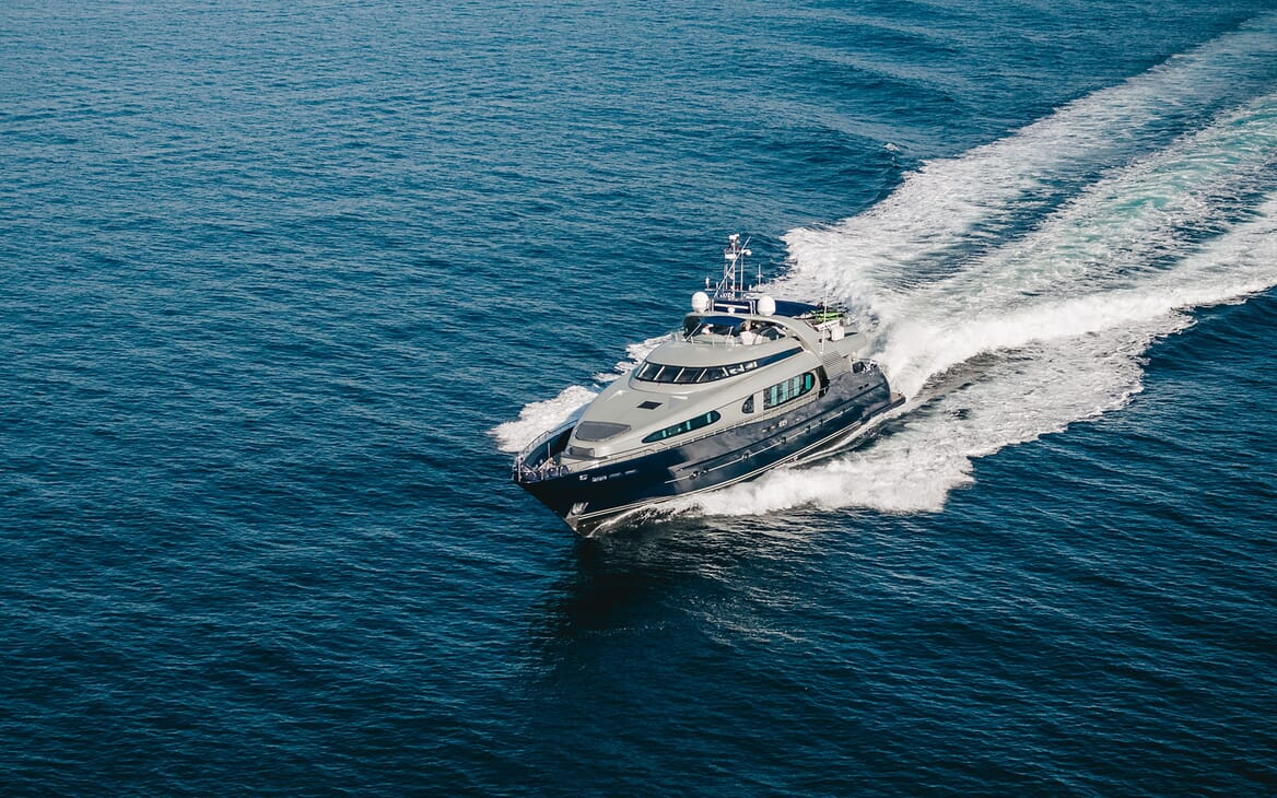 Motor Yacht ONE BLUE Bow Exterior Underway
