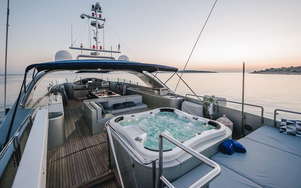 Motor Yacht ONE BLUE Sun Deck Jacuzzi