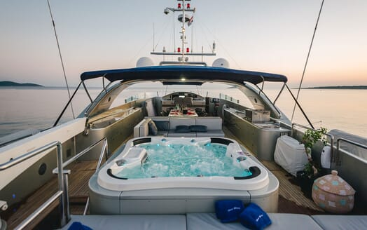 Motor Yacht One Blue twin stateroom