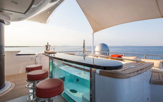 Motor Yacht ARIENCE Aft Deck Bar & Jacuzzi