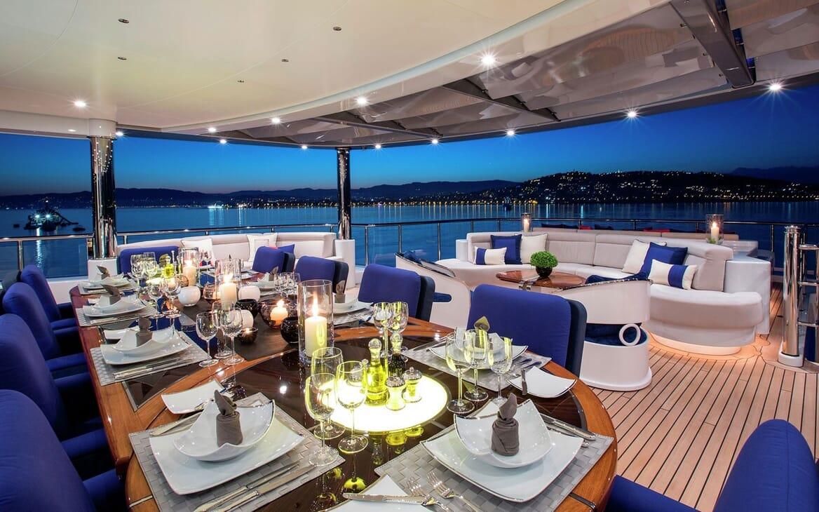 Motor Yacht ARIENCE Aft Deck Dining
