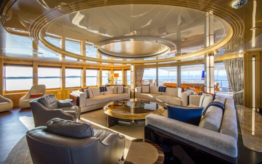 Motor Yacht ARIENCE Main Saloon
