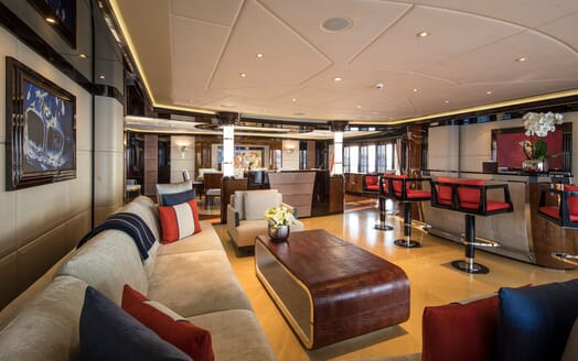 Motor Yacht ARIENCE Upper Deck Saloon