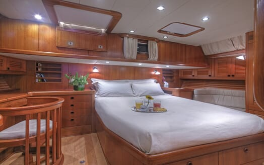 Sailing Yacht Constanter double cabin