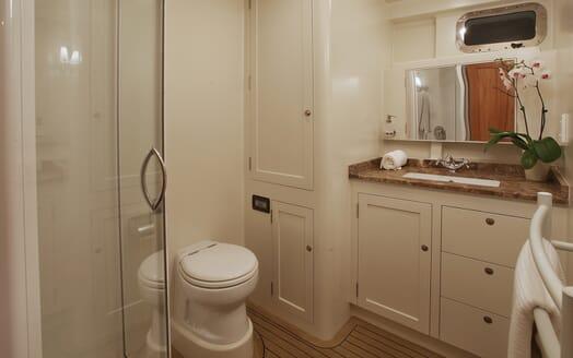 Motor Yacht TASMAN Master Bathroom