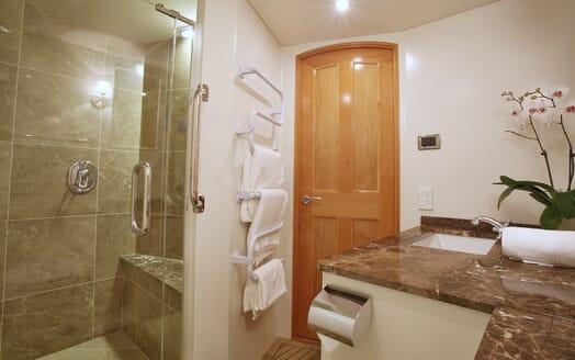 Motor Yacht TASMAN Shower Room