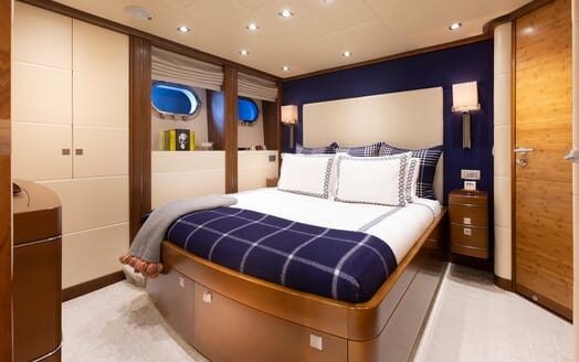 Motor Yacht Man of Steel Guest Double Stateroom