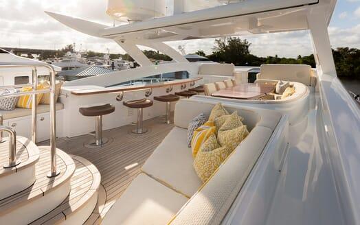 Motor Yacht Man of Steel Sun Deck