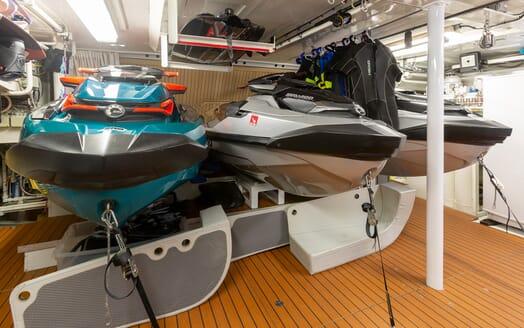 Motor Yacht Man of Steel Tenders and Toys