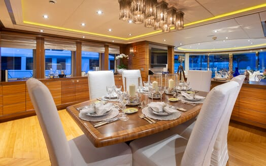 Motor Yacht Man of Steel Dining Table