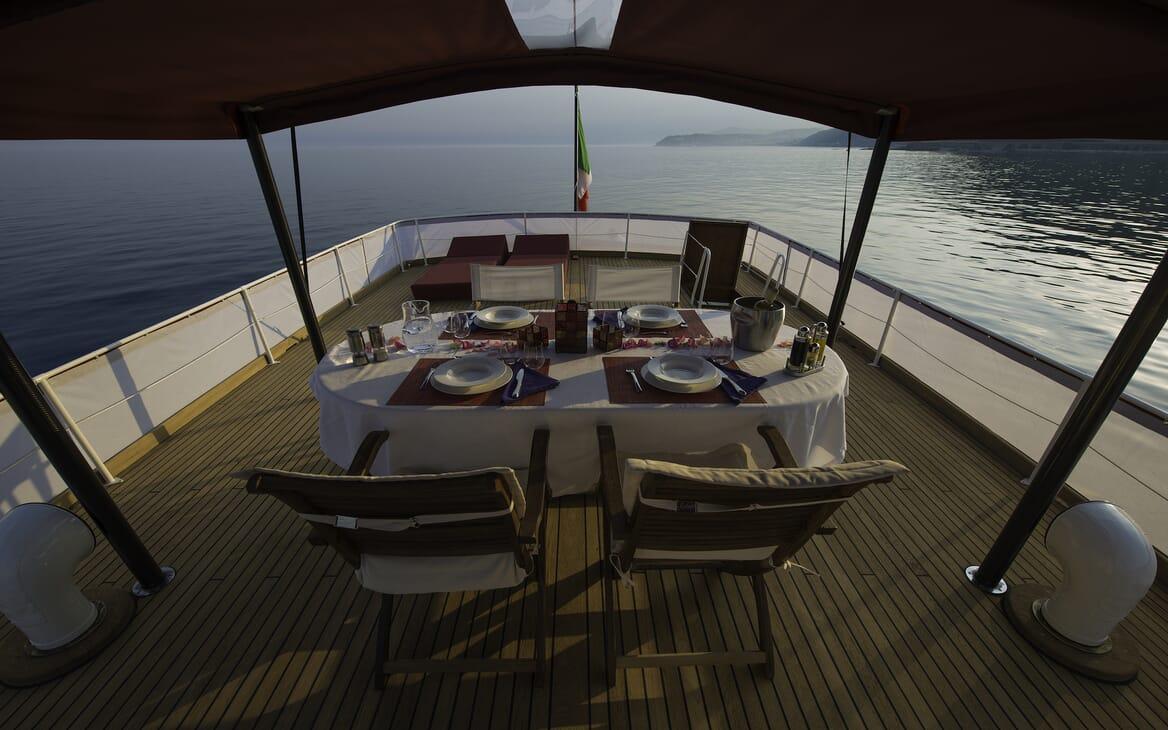 Motor Yacht Emerald aft deck