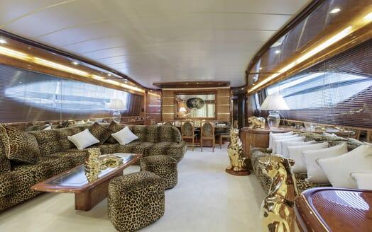 Motor Yacht Emerald main saloon