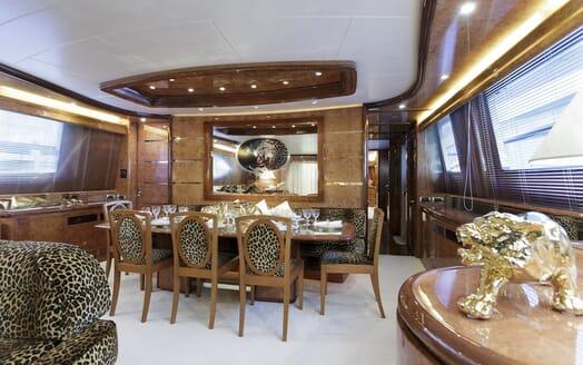 Motor Yacht Emerald dining area