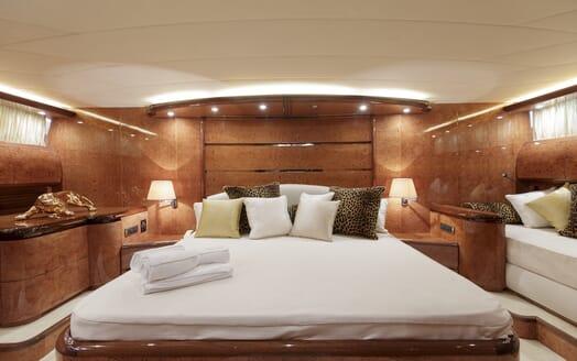 Motor Yacht Emerald master cabin