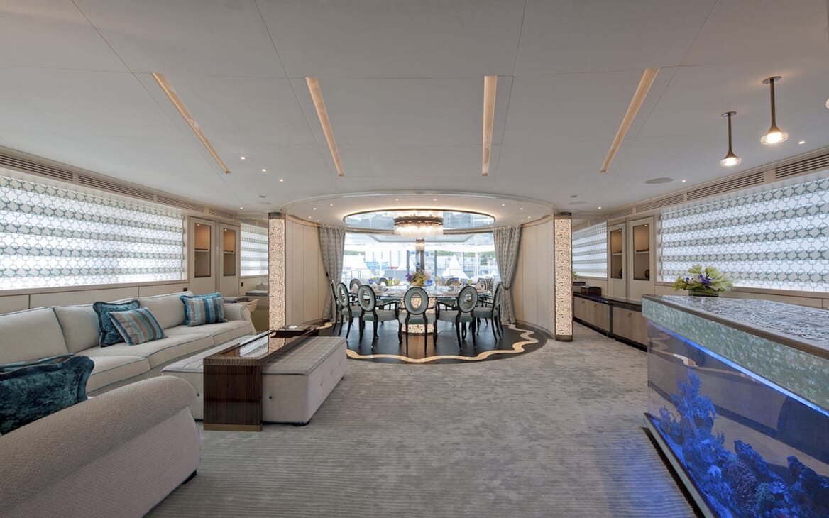 Motor Yacht Scorpion main saloon