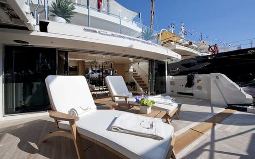 Motor Yacht Scorpion foredeck