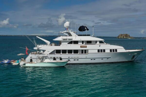 Motor Yacht T-ZERO profile