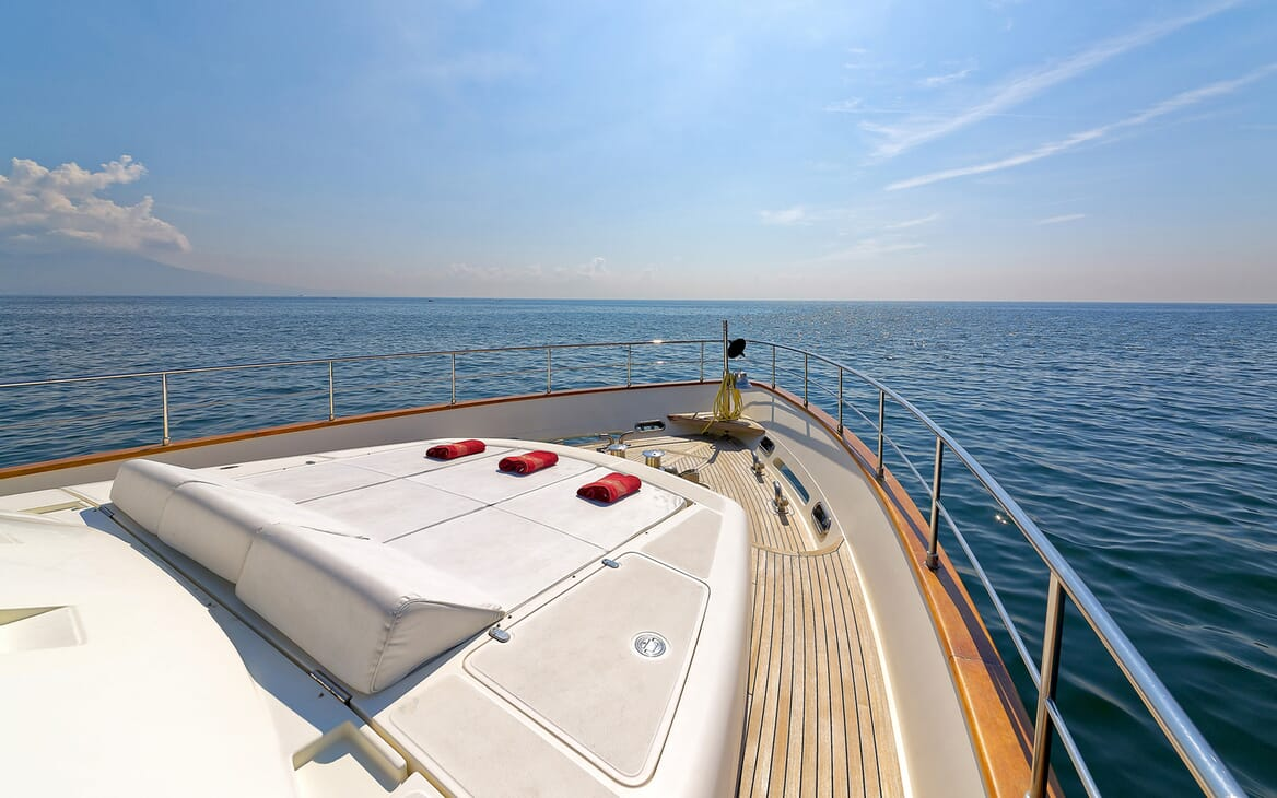 Motor Yacht Anne Marie foredeck