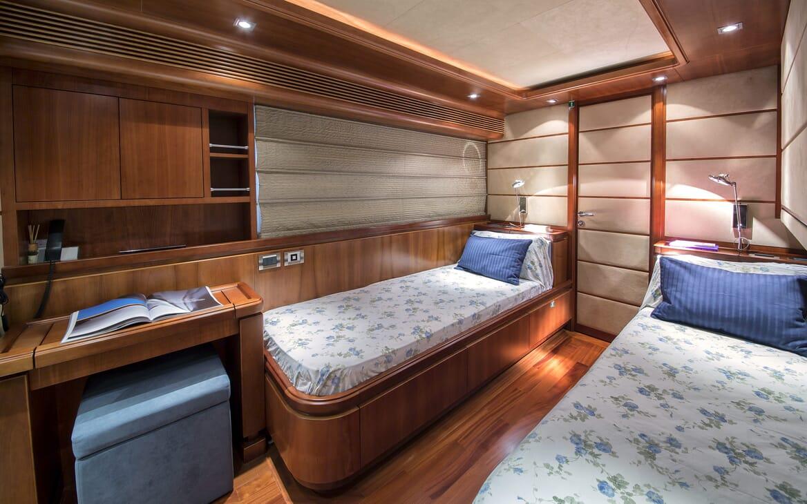 Motor Yacht Anne Marie twin cabin