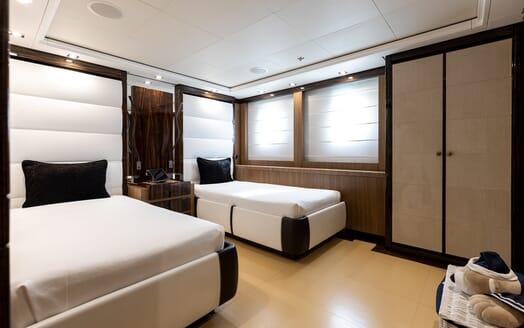 Motor Yacht Panakeia twin cabin