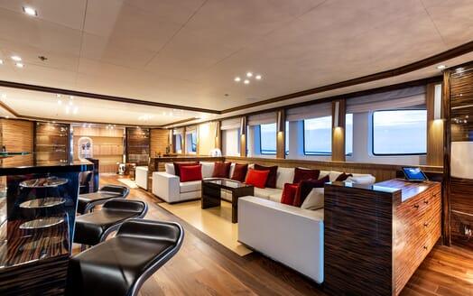 Motor Yacht Panakeia interior