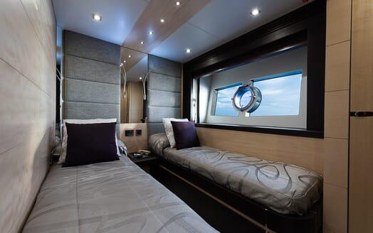 Motor Yacht Seawater twin cabin