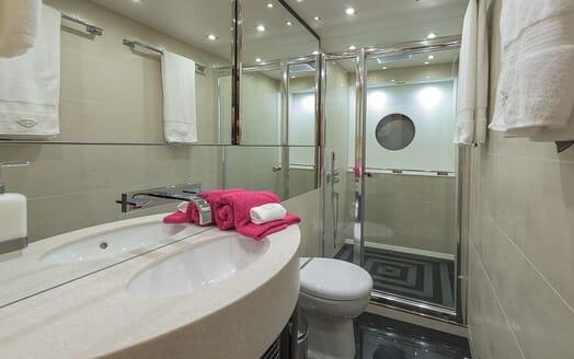 Motor Yacht Seawater bathroom