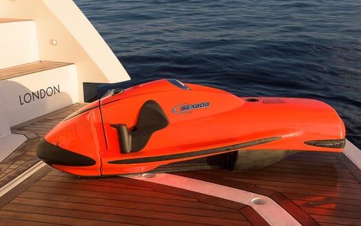 Motor Yacht Seawater toys