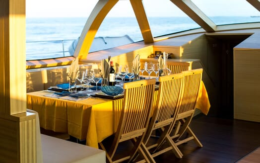 Sailing Yacht HUTIANE DIning Table Close Up