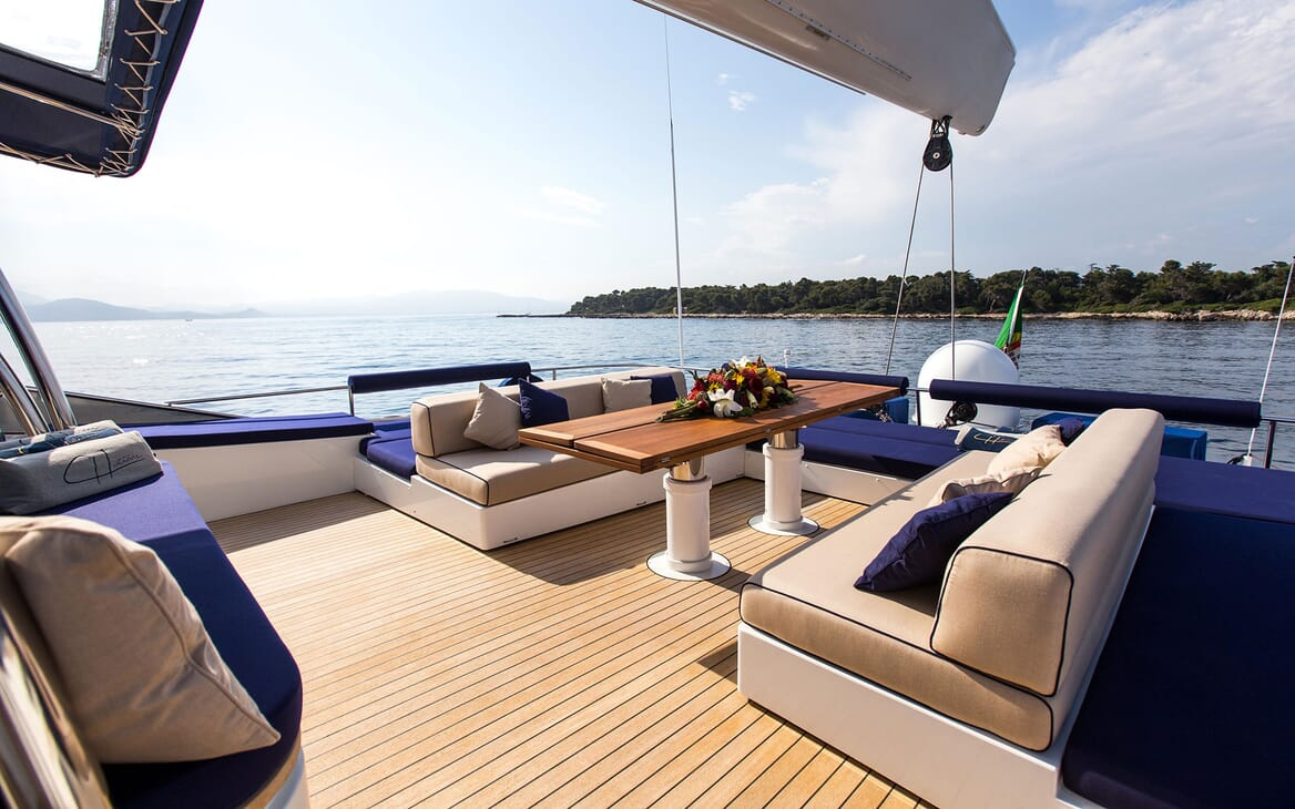 Sailing Yacht HUTIANE Aft Deck Table