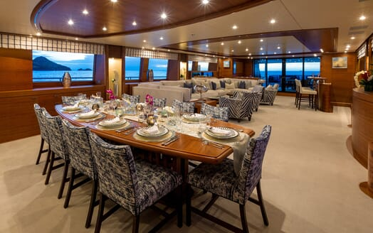 Motor Yacht BALISTA Dining Table in Main Saloon