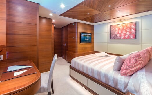 Motor Yacht BALISTA Double Guest Stateroom