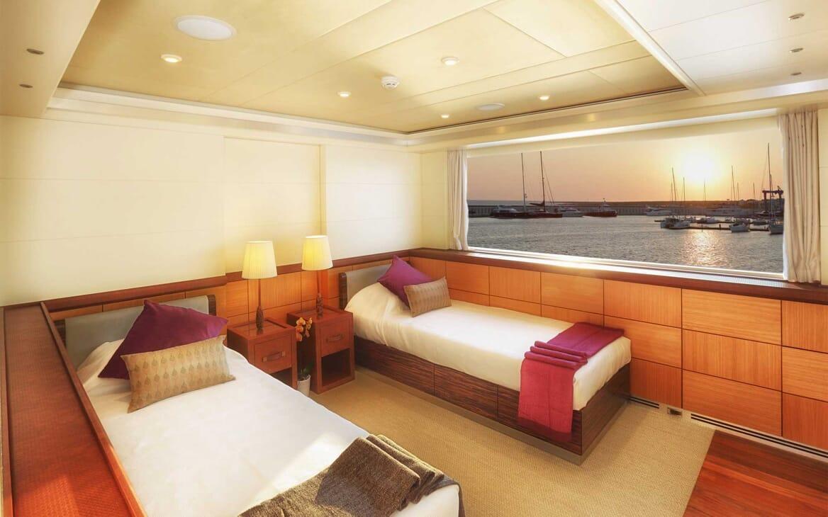 Motor Yacht Quaranta twin cabin