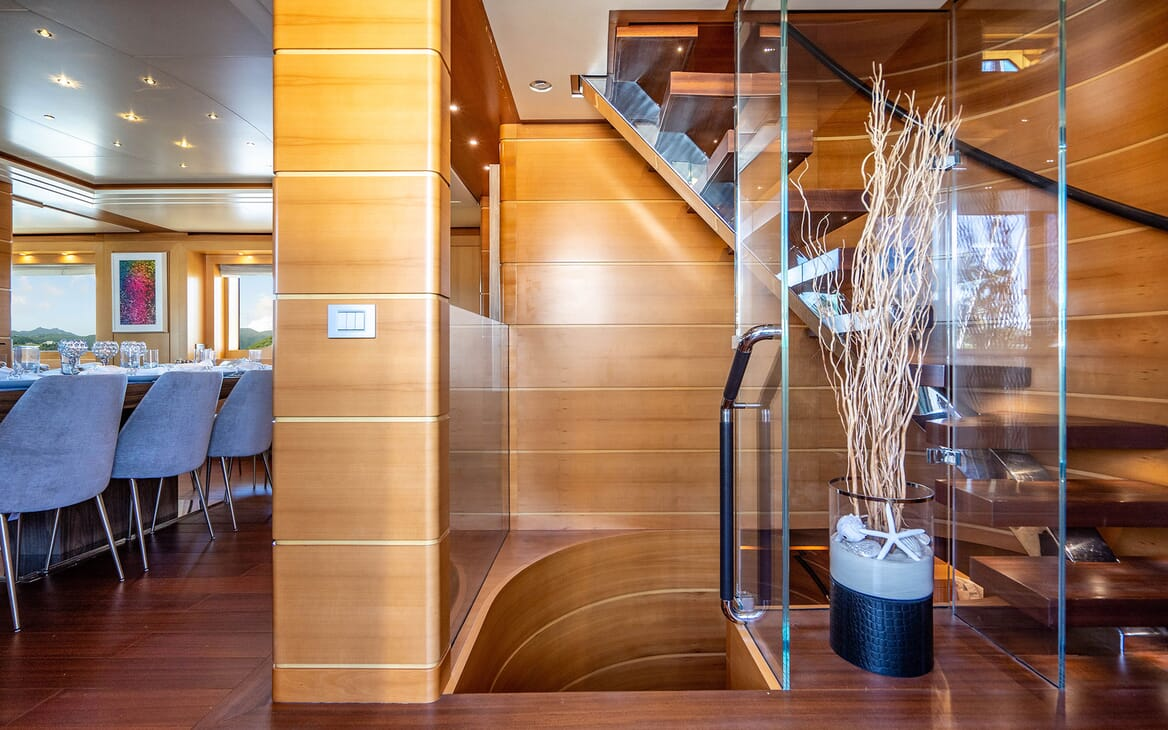 Motor Yacht LOVEBUG Staircase