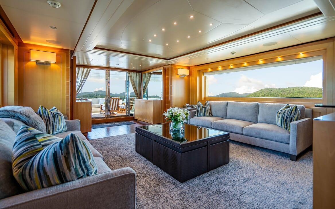 Motor Yacht LOVEBUG Salon Seating to Aft