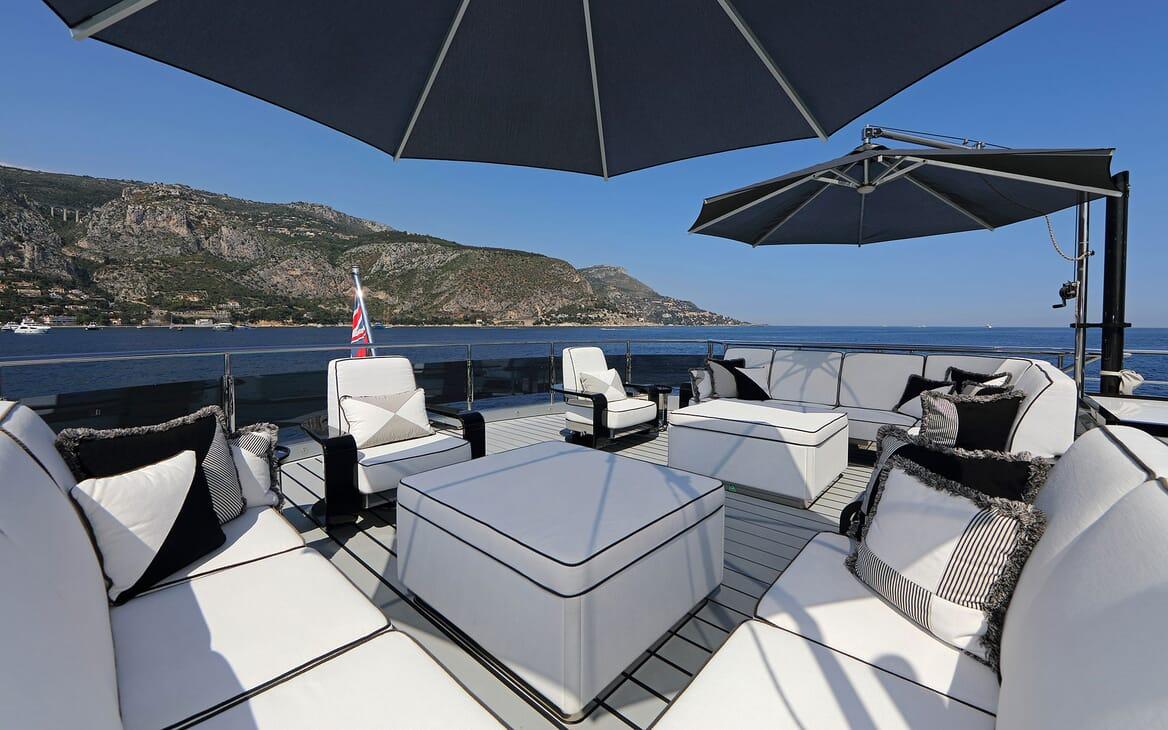 Motor Yacht OKTO Sun Deck Seating