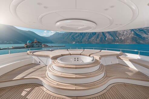 Motor Yacht DEEP STORY Jacuzzi