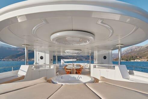 Motor Yacht DEEP STORY Sun Deck Jacuzzi and Table